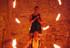 3-Feuerstab und Feuerschirm bilden ein traumhaftes Duett für das Hochzeitspaar